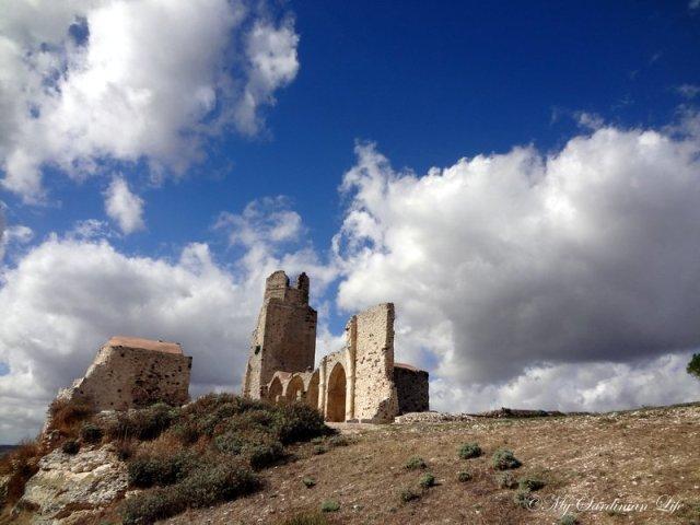 Castello dei Doria by Jennifer Avventura My Sardinian Life (2)