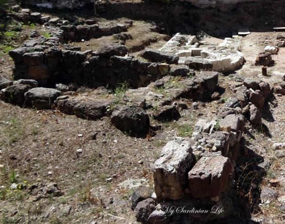 Pozzo Sacro di Predio Canopoli by Jennifer Avventura My Sardinian Life (2)