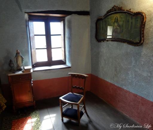 The chair for prayer by Jennifer Avventura